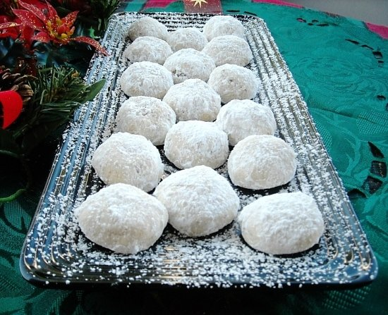 Mexican wedding cookies recipe flour on my face mexican wedding cookies forumfinder Image collections