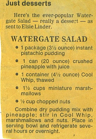 Old fashioned Watergate Salad recipe made with pistachio pudding #vintagerecipes #vintagerecipeproject #flouronmyface