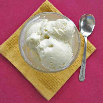 creme fraiche, ice cream, creme fraiche cheesecake, ice cream