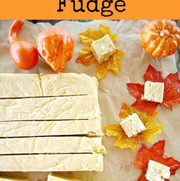 White Chocolate Pumpkin Fudge recipe is a great fall pumpkin dessert recipe. Homemade fudge is easy to make. via flouronmyface.com