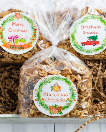 Christmas Granola in cellophane bags for gifts.