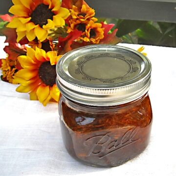 Carrot Cake Jam recipe via flouronmyface.com