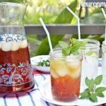 How to make the bested Sweet Iced Tea via flouronmyface.com