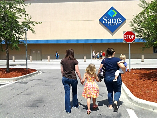 Shopping at Sams Club with my girls