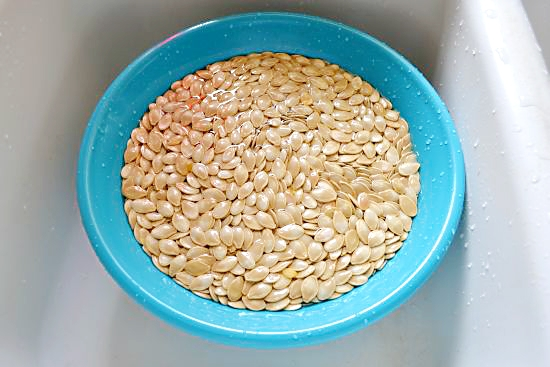 Easy way to clean pumpkin seeds