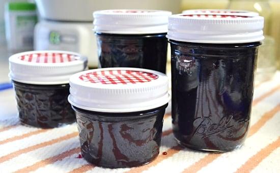 Cherry Vanilla Jam Recipe via flouronmyface.com