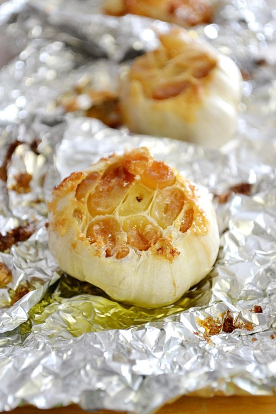 roasting garlic, roasted garlic, garlic, how to