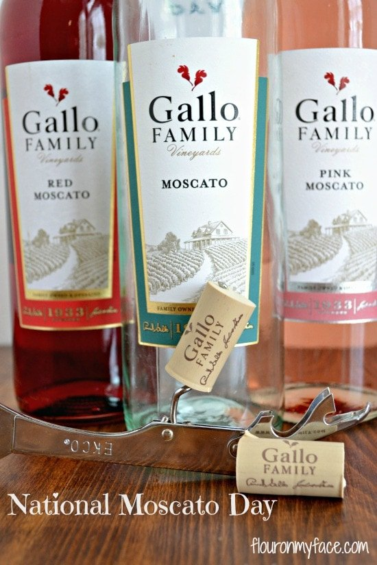 Gallo Moscato Wines for National Moscato Day via flouronmyface.com