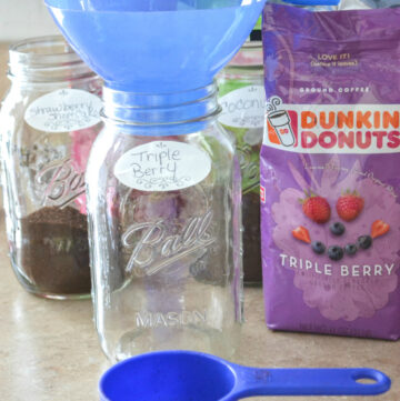 cold brew coffee, how to, iced coffee at home, Dunkin Donuts, Spring, Mother's Day Brunch