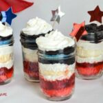 4th of July Cupcakes in a jar dessert.