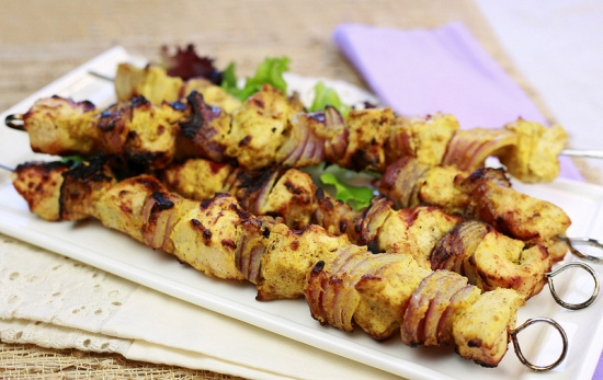 Hungry Girl, Pompeian Olive Oil, Healthy Grilling recipes, Chicken Kabobs