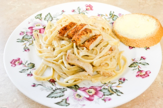 chicken, alfredo, homemade alfredo, fettuccine, cajun chicken recipe