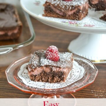 Raspberry Cheesecake Bars recipe via flouronmyface.com