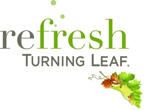 Turning Leaf Wine, Turning Leaf Wine Review, Moscato review, White Moscato, Red Moscato review, Wine Review, Fall Wine,