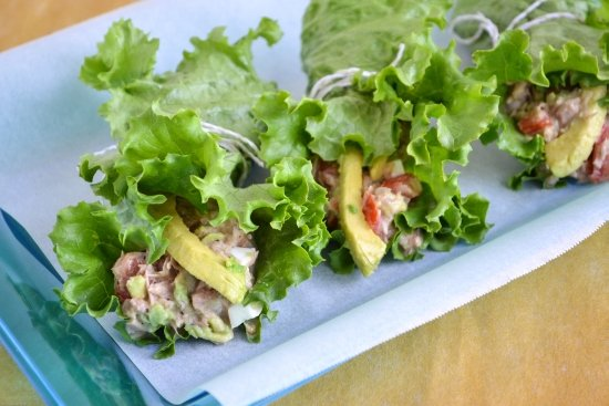 Tuna recipes, Avocado recipes, healthy lunch options, lettuce wrap recipe, Ocean Naturals Tuna
