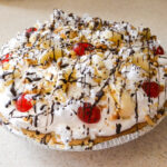 Banana Split Pudding Pie, Easy Dessert recipes, Kraft, #KraftEssentials, easy pie recipes, fun pie recipes,