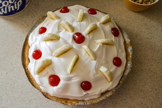 Banana Split Pie recipe, Jello pudding recipes, easy dessert recipes, #KraftEssentials, Kraft products, dessert recipe,