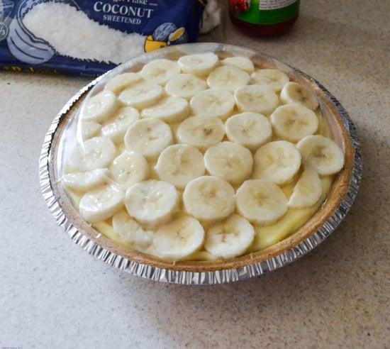 Banana Split Pudding Pie, easy recipes, Kraft easy recipes, jello pudding pie recipes, #shop,