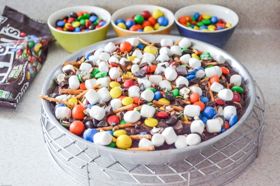 Party Ideas, M&M's, Baking with M&M's, Baking with Chocolate, Holiday Pie ideas,