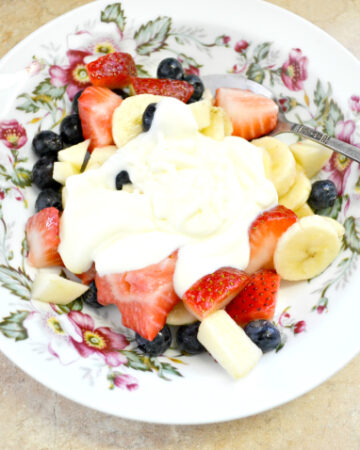 easy fruit salads, fruit salad toppings, sweetened creme fraiche, fruit and sweetened creme fraiche