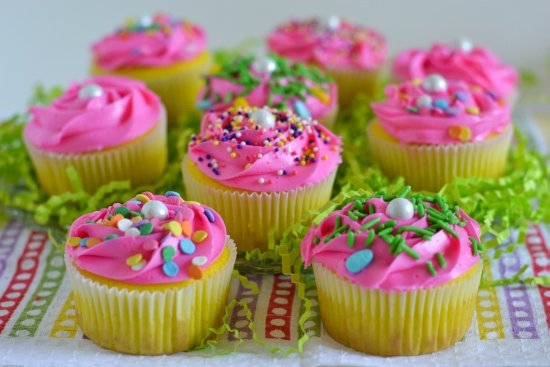 Easter Cupcakes, Easter Cupcake Ideas, Neon Yellow Funfetti, Funfetti Surprise Cupcakes