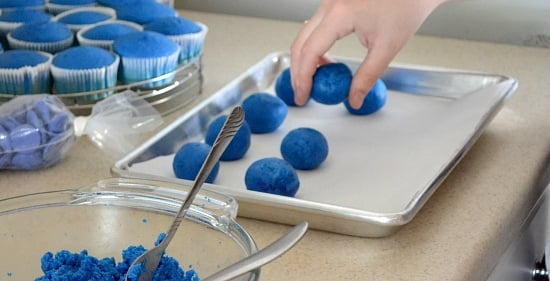 how to make cake pops, deep blue book,