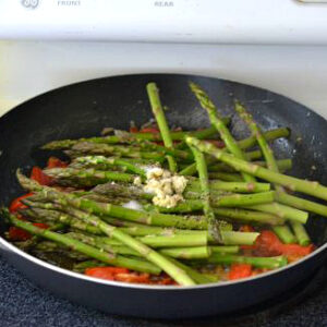 Sauteed Asparagus, cooking with Pompeian, Olive Oil, Cooking healthier with olive oil