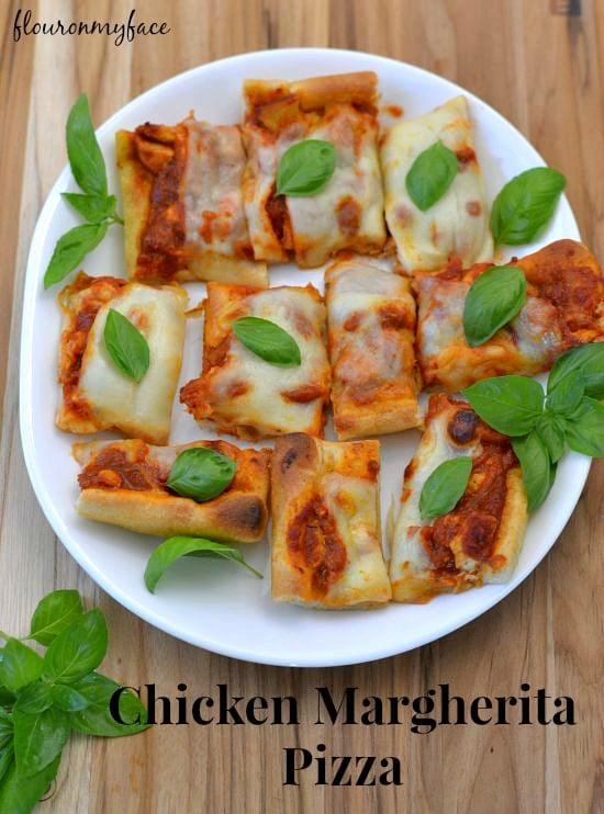 Chicken Margherita Pizza, tailgating recipes, easy dinner recipes, Ragu' sauce