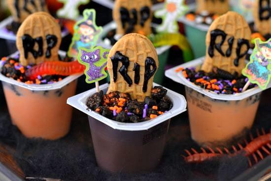 #shop, Halloween party ideas, Halloween treat ideas, Halloween pudding recipes