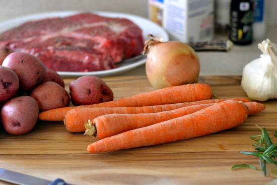 Slow Roasting Pot Roast, How to Pot Roast, How to make Tender Pot Roast, Progressive Dinner, Holiday Menu Planning