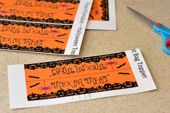 #shop, Halloween Printable, Halloween Treat Bag ideas, Free Halloween Printable, Nestle Halloween Candy, Halloween decorating