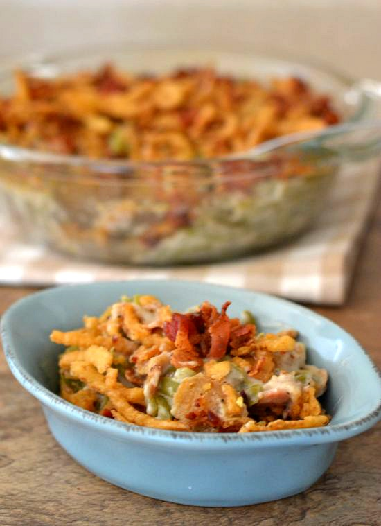 holiday side dish recipes : Green Bean Bacon Casserole via flouronmyface.com