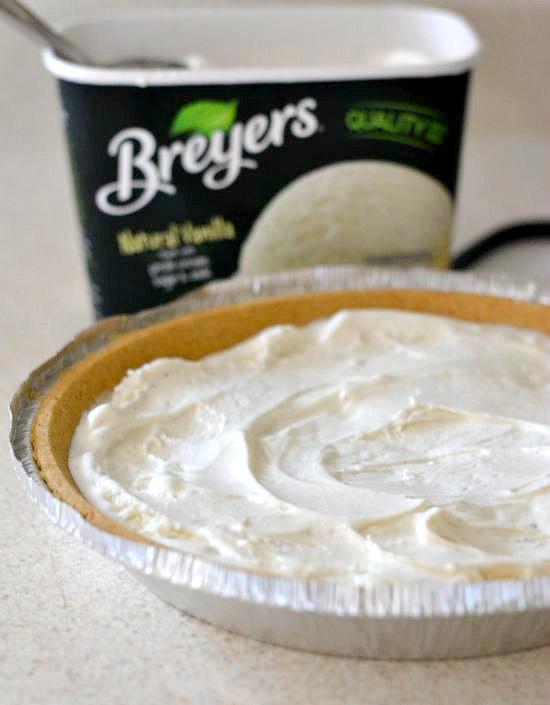 Breyers All Natural Vanilla Ice Cream, Pie recipes, Apple pie recipe, easy apple pie recipe, vanilla ice cream recipes