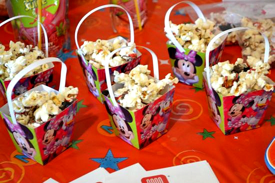 Mickey Party Munch