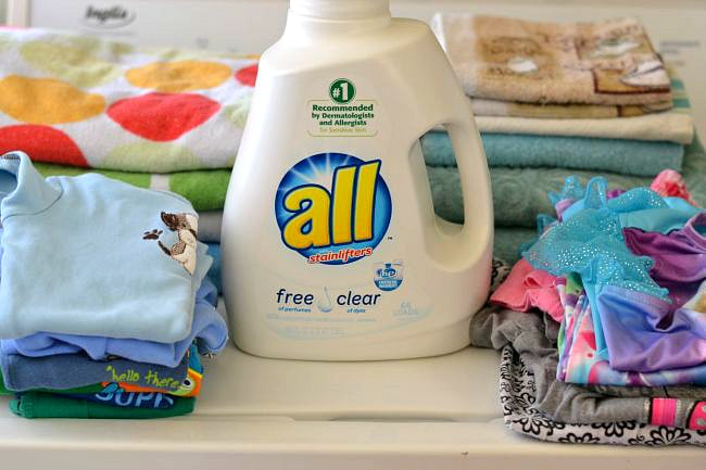 all free clear laundry detergent via flouronmyface.com