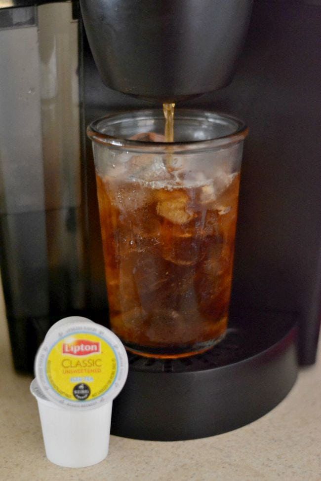 Easy Lipton Iced Tea in a Keurig via flouronmyface.com