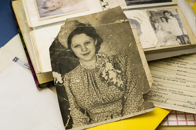 How to archive important genealogy documents and digital photos via flouronmyface.com