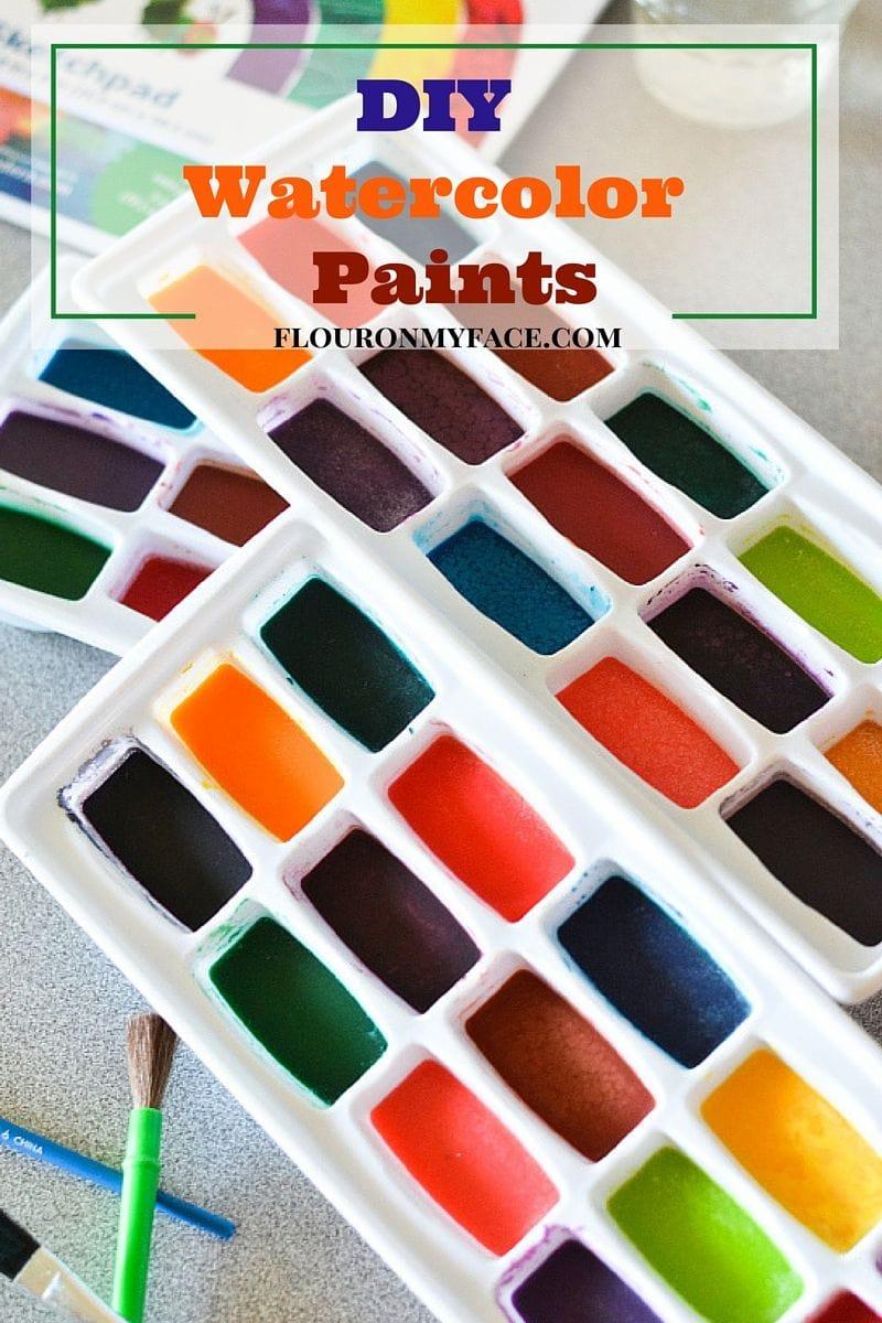 DIY Homemade Watercolor Paints are a fun kid summer activity via flouronmyface.com