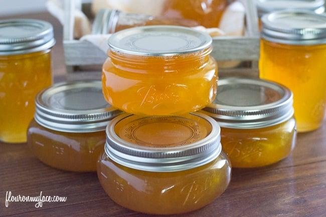 Peach Jam recipe via flouronmyface.com