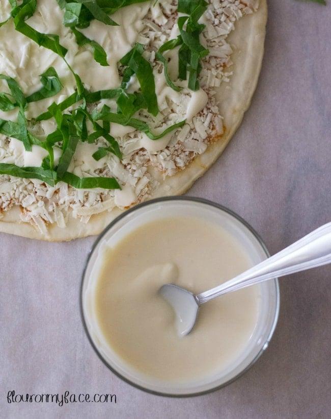 Spinach Chicken Alfredo Pizza recipe via flouronmyface.com #shop
