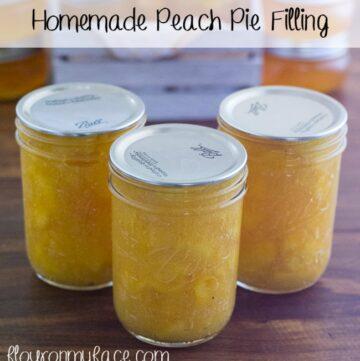 Homemade Peach Pie Filling via flouronmyface.com