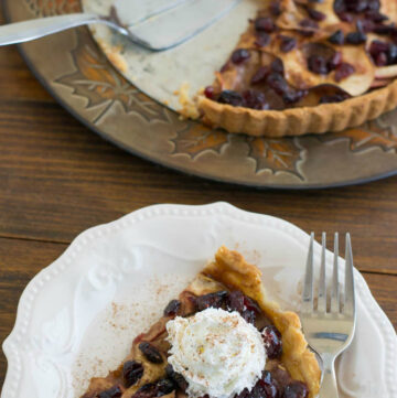 Splenda Apple Cranberry Tart recipe #SplendaSweeties via flouronmyface.com