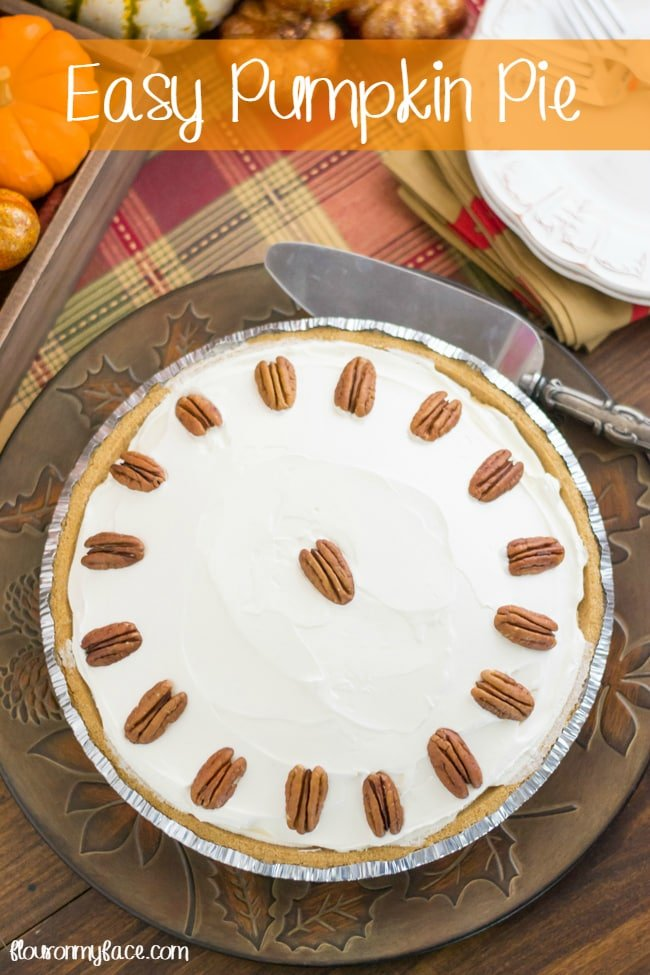 Easy Pumpkin Pie recipe via flouronmyface.com