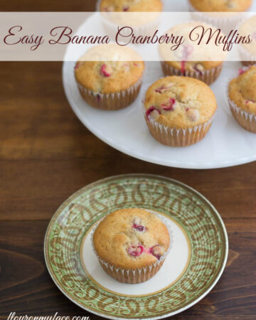 Easy Banana Cranberry Muffins with Fleischmann's® Simply Homemade® Bread & Muffin Mix via flouronmyface.com