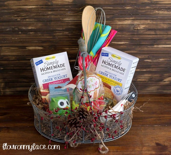 Easy Christmas Gift Basket Ideas Muffin Gift Basket via flouronmyface.com