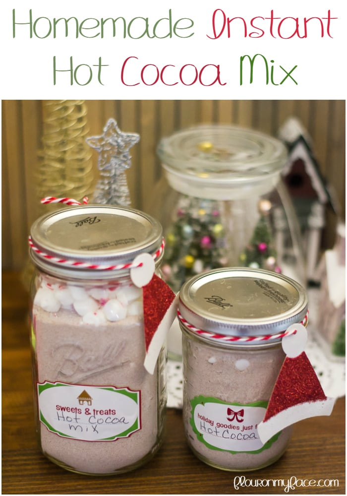 Homemade Instant Hot Cocoa Mix recipe for #ChristmasWeek via flouronmyface.com
