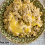 Crock Pot Beef Macaroni and Cheese recipe via flouronmyface.com