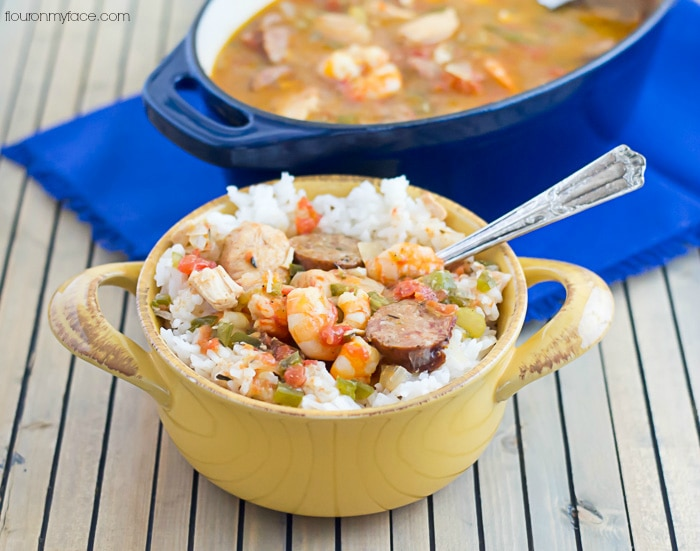 Easy Crock Pot Creole Jambalaya recipe using Zatarain's creole seasoning via flouronmyface.com