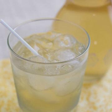 How to make Homemade Limoncello with Meyer Lemons recipe via flouronmyface.com