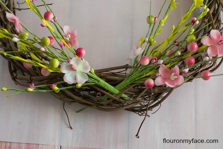 Spring Wreath decorating via flouronmyface.com